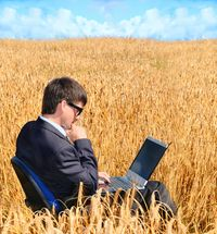 Man rural Crops Laptop