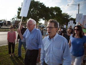 Bernie Sanders Picket Line Iowa 2015