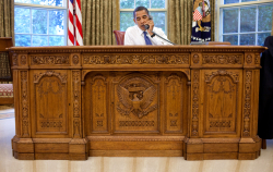 Resolute Desk Obama 2009