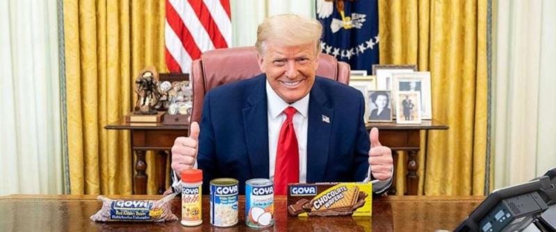 Resolute Desk Trump Goya