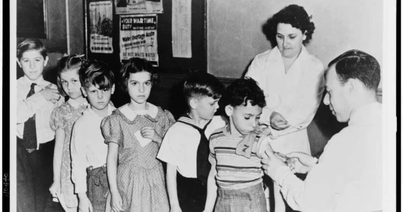 Small Pox Vaccine 1940's