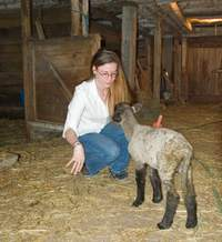 Girl_barn_lamb