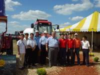 Farm_progress_crew