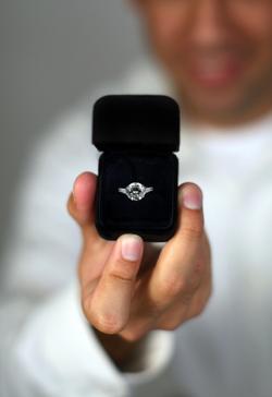 Man_engagement_ring