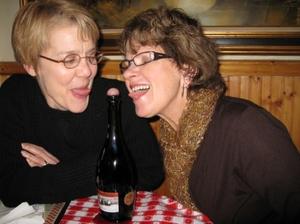 Women_wine